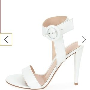 Gianvito rossi eylse leather ankle strap sandals